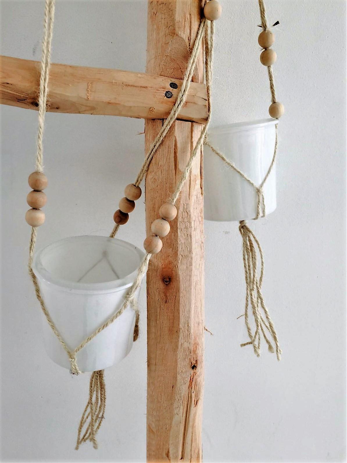 Hanger voor plantjes of waxinelichtje..
